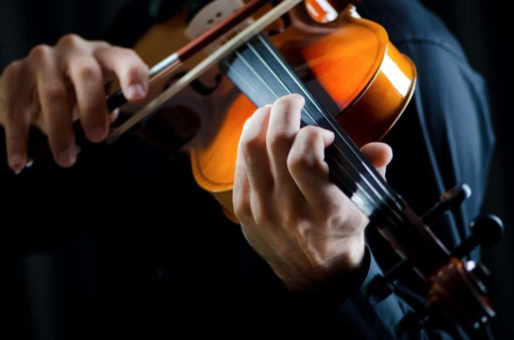 violin player mozart